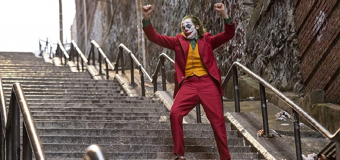 """Человек, который смеялся: Рецензия на фильм """"Джокер"""""""