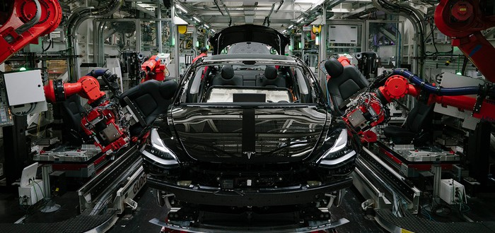Безопасность на дороге — Tesla показала, как тестирует свои автомобили
