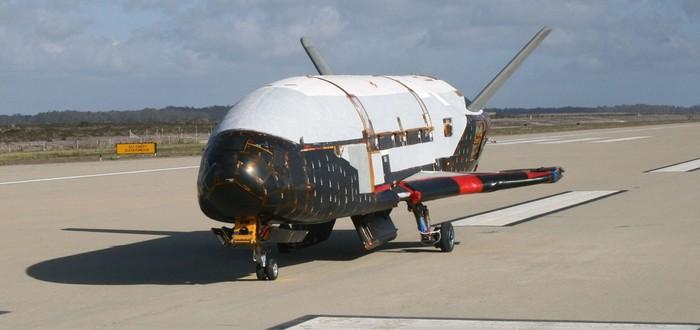 Космический самолет X-37B вернулся на Землю после рекордных 780 дней на орбите