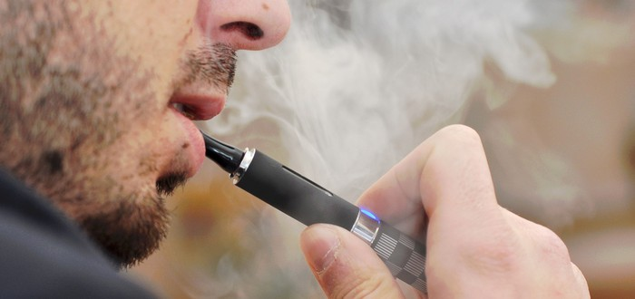 Китай запретил онлайн-магазинам продажу электронных сигарет