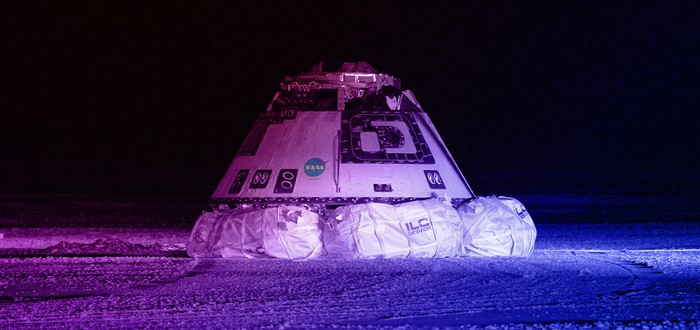 Boeing успешно посадила капсулу Starliner после запуска в космос