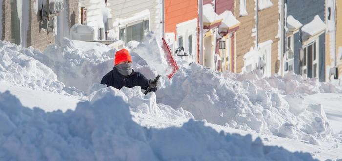 В Канаде выпало рекордное количество снега за последние 20 лет