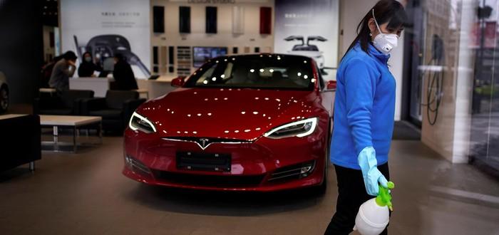 Коронавирус: Tesla снизит численность рабочих мест на 75% после распоряжения властей