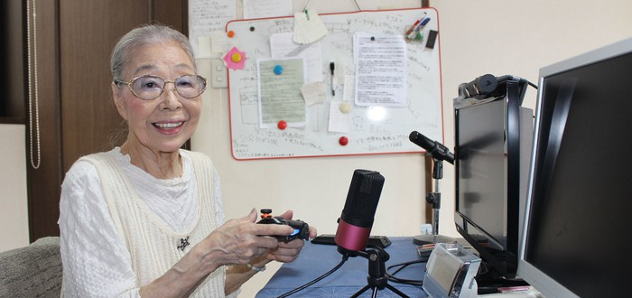90-летняя бабуля из Японии стала самым старым видеоигровым ютубером в мире