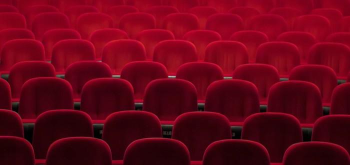 Кинотеатры в России могут открыться в середине июля