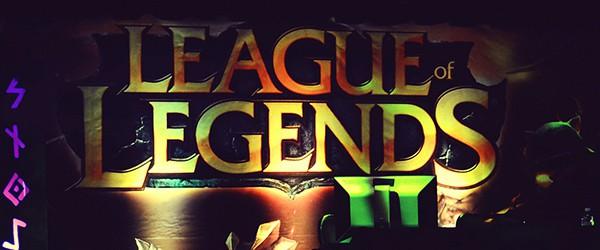 Девушка озвучила всех персонажей League of Legends