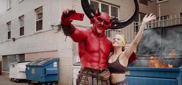 Реклама: Райан Рэйнольдс сыграл Сатану и нашел свою половину