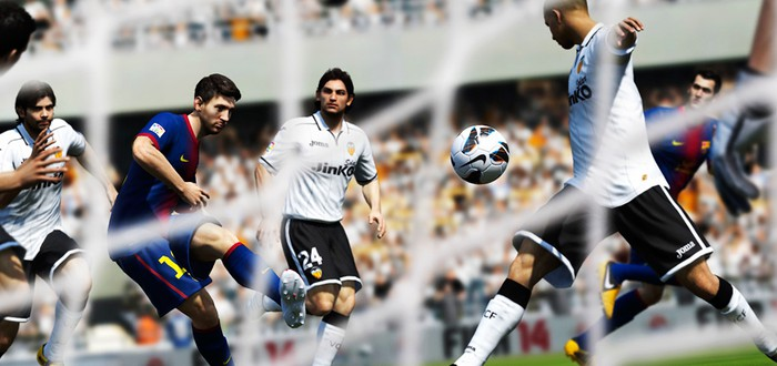 Бесплатная FIFA 14 в каждой коробке Xbox One