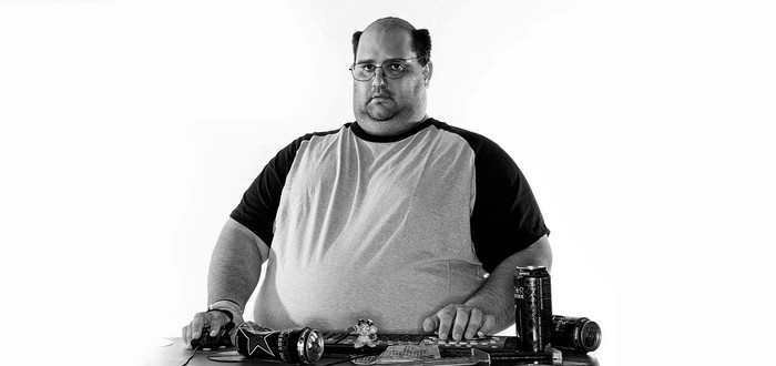"""От коронавируса умер легендарный косплеер, изобразивший игрока в World of Warcraft из """"Южного парка"""""""