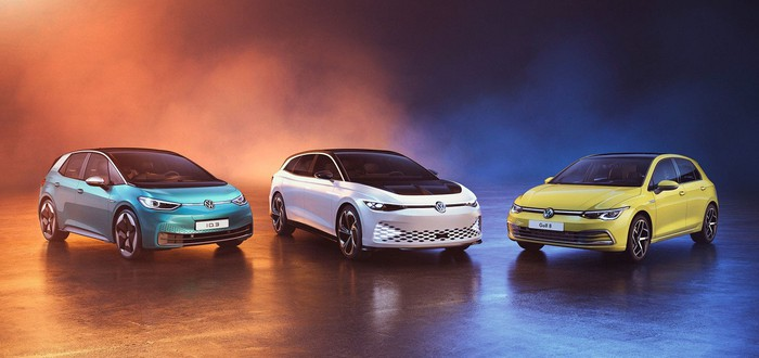 Daimler, BMW и Volkswagen суммарно продали всего на 100 тысяч электрокаров больше, чем Tesla