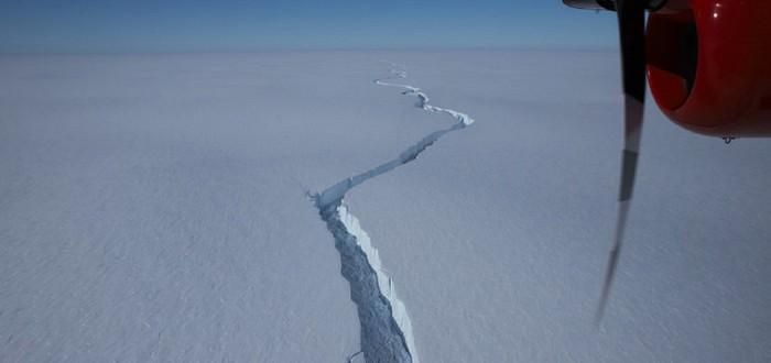 От Антарктиды откололся айсберг размером с Нью-Йорк
