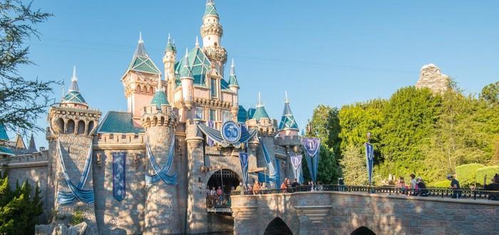 """""""Диснейленд"""" откроется в Калифорнии к концу апреля"""