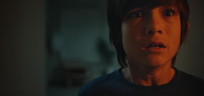 """Маленький мальчик против потусторонней сущности в трейлере хоррора """"Джинн"""""""
