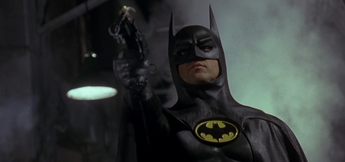 """Официально: Майкл Китон все-таки вернется к роли Бэтмена во """"Флэше"""""""
