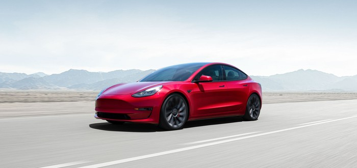 Считаем деньги: Чистая прибыль Tesla выросла в 27 раз в годовом исчислении