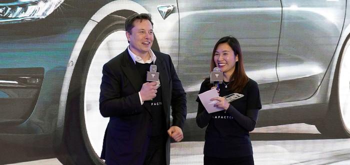 В Калифорнии расследуют недобросовестную рекламу автопилота Tesla