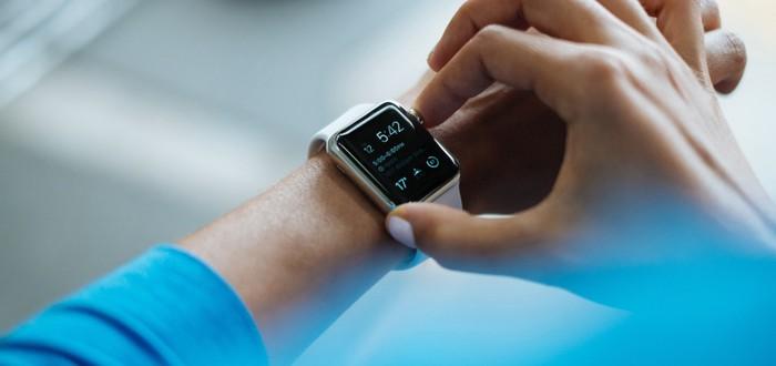 СМИ: Следующим летом Facebook выпустит умные часы с двумя камерами и поддержкой LTE