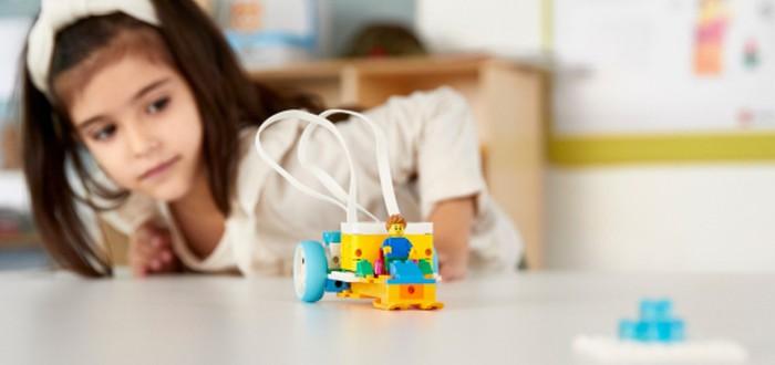 LEGO выпустила набор для обучения робототехнике и программированию