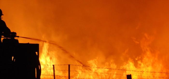 Борьба с пожаром от первого лица