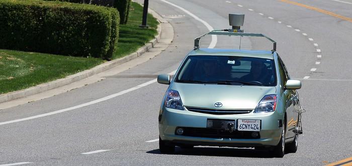 Автомобили Google с ИИ уже водят лучше, чем люди