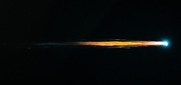 Как выглядят полторы тонны космического мусора при входе в атмосферу