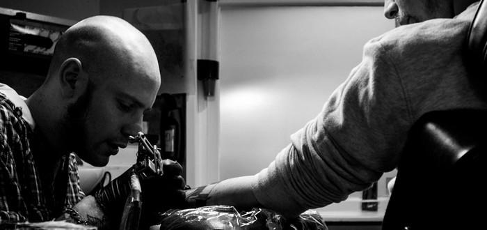 Motorola патентует нашейную татуировку-микрофон