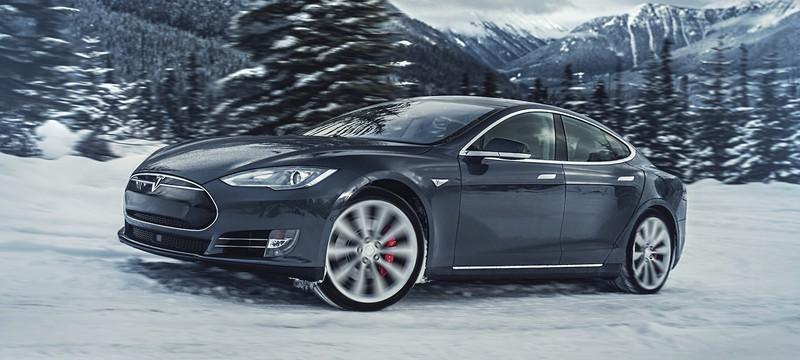 Американский регулятор изучает автопилот Tesla после аварии со смертельным исходом