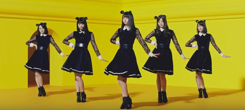 Потрясающая японская реклама компьютеров, которую вы будете напевать