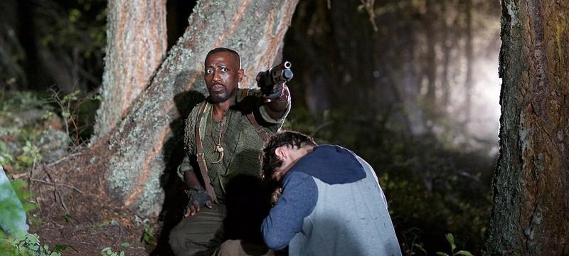 Уэсли Снайпс отстреливает пришельцев в первом трейлере The Recall