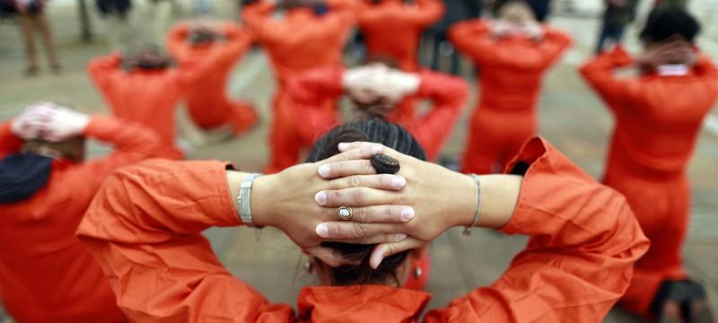 Оливер Стоун снимет сериал про тюрьму Гуантанамо