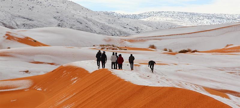 В Сахаре выпал снег и это было волшебно