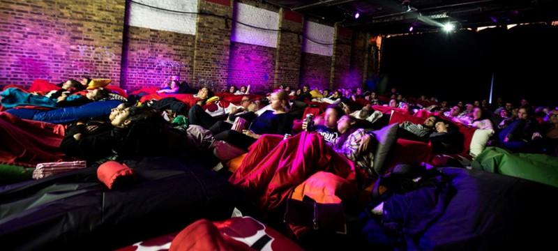 Новозеландский кинотеатр запретил посещение фильмов в пижамах