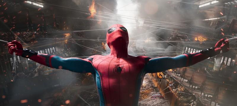 """Детальный взгляд на новый костюм Человека-паука в кинокомиксе """"Человек-паук: Вдали от дома"""""""
