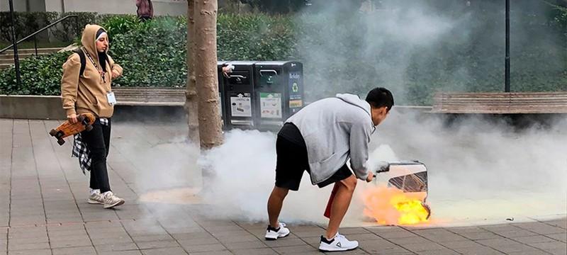 В Калифорнии спонтанно загорелся робот-курьер