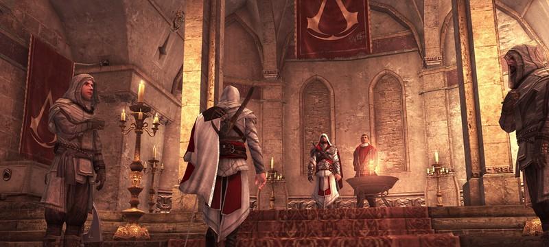 Контроллеры Xbox One и PS4 в стиле робы Эцио из Assassin's Creed II