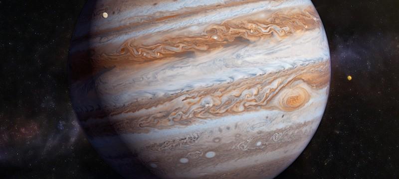 Космический аппарат Juno запечатлел несколько ураганов на Юпитере