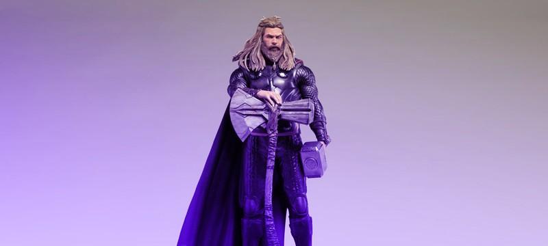 """Статуя толстого Тора из """"Мстители: Финал"""" ростом 60 сантиметров"""