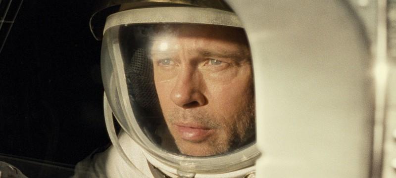 """Критикам понравилось, как Брэд Питт спасает Солнечную систему в фильме """"К Звездам"""""""
