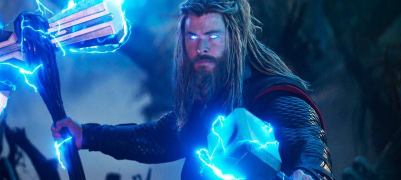 """Крис Хемсворт был зол, когда узнал, что Капитан Америка может поднимать молот Тора в """"Мстители: Финал"""""""