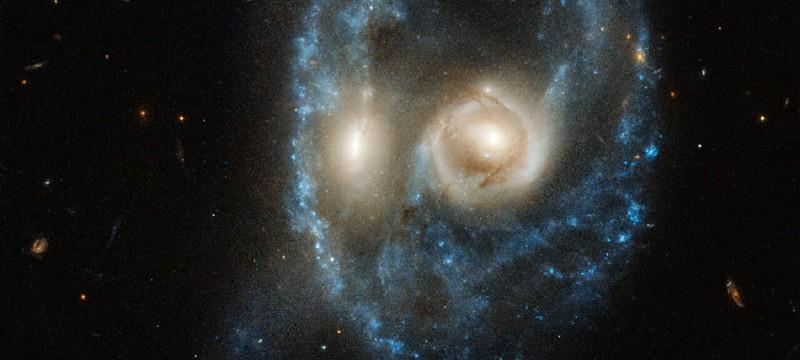 """Телескоп """"Хаббл"""" заснял столкновение двух галактик"""