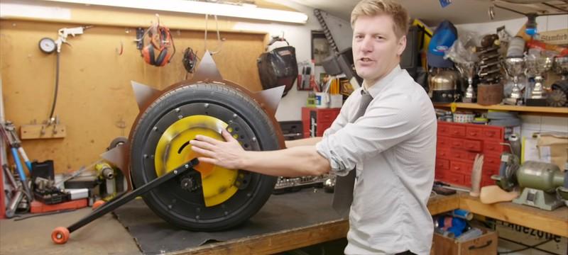 Британец воплотил в жизнь колесо Крысавчика из Overwatch и протестировал его на стекле и заборе