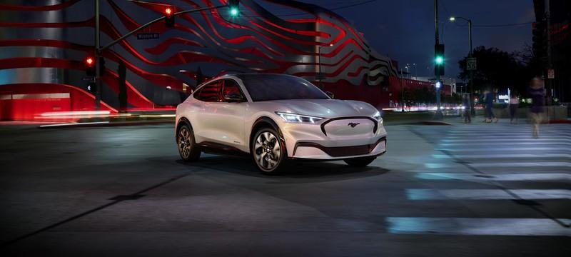 Ford анонсировала свой первый электрокроссовер на базе Mustang