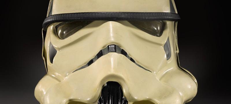 """Прототип шлемов штурмовика и C-3PO из """"Звездных Войн"""" выставили на аукцион"""