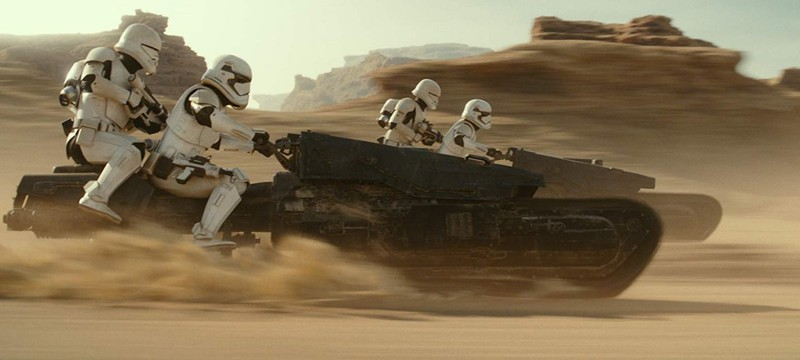 """16 тысяч кораблей, молодой Люк и куклы — как создавались спецэффекты в девятом эпизоде """"Звездных войн"""""""