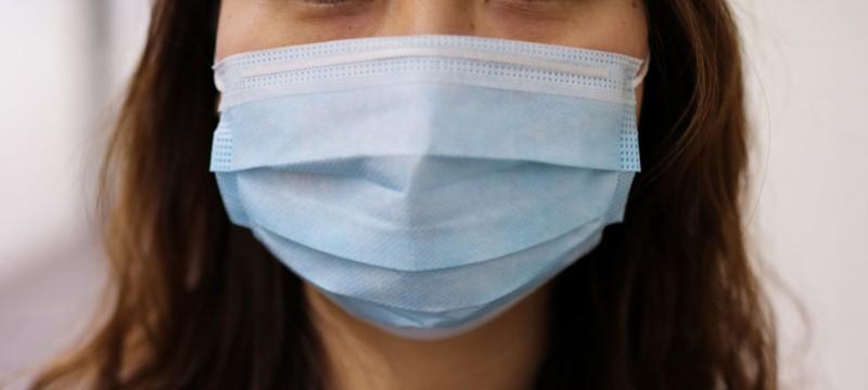 Apple пожертвует несколько миллионов масок медицинским работникам в Европе и США