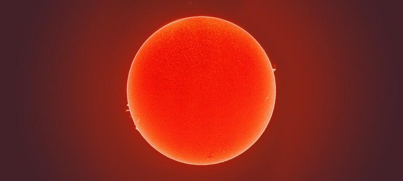 Посмотрите на эту фотографию солнца и ощутите себя песчинкой в масштабе космоса