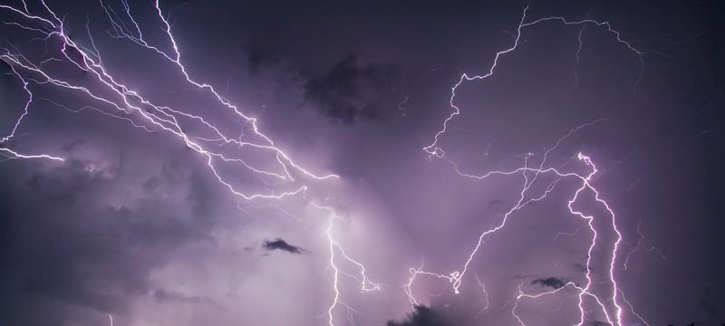 Была зафиксирована самая продолжительная молния — почти 17 секунд