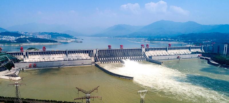 """Китаю грозит катастрофическое наводнение в случае прорыва дамбы """"Три ущелья"""""""