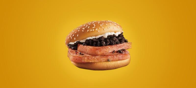 McDonald's выпустила лимитированный бургер с консервированной свининой и Oreo