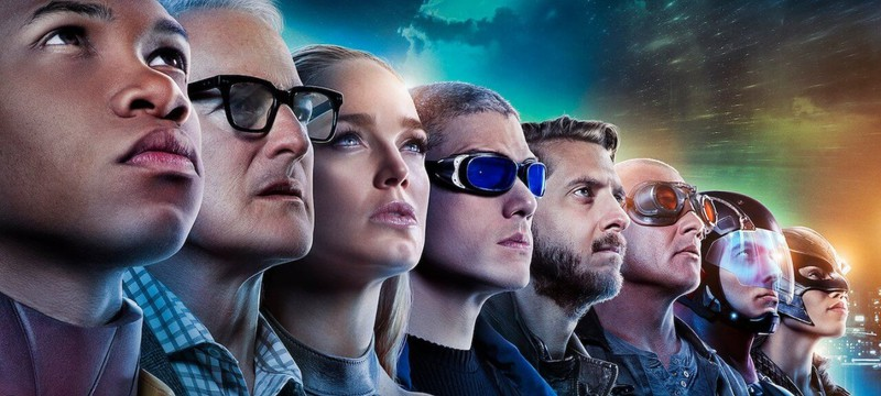 """Флэш"", ""Бэтвумен"" и ""Ривердэйл"" — CW продлил сразу 12 своих сериалов"